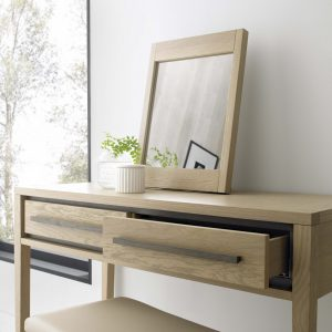 Danube dressing table