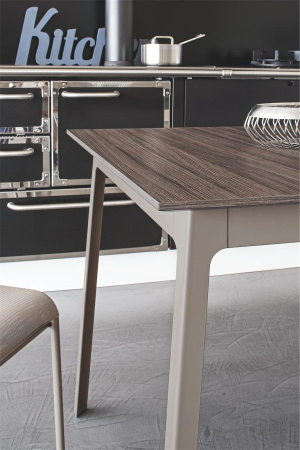Calligaris Dot Dining Table
