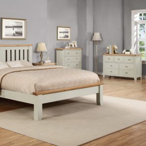 Barrow 4'6 Bedframe With Low Foot End