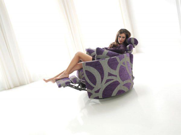 Moon reclining chair